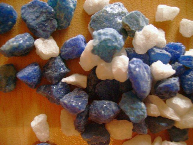 Мраморная крошка для производства акрилового камня
